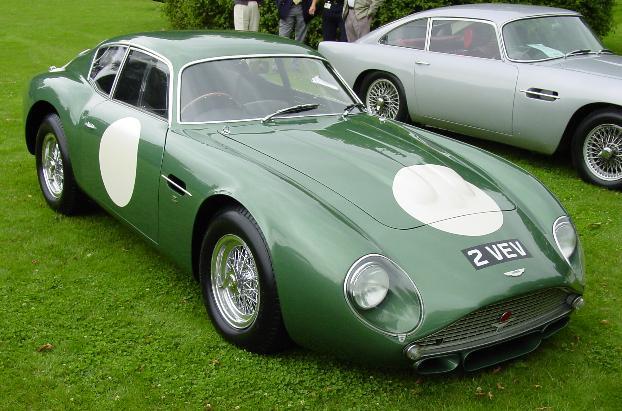 Aston Martin DB4GT Zagato (4)