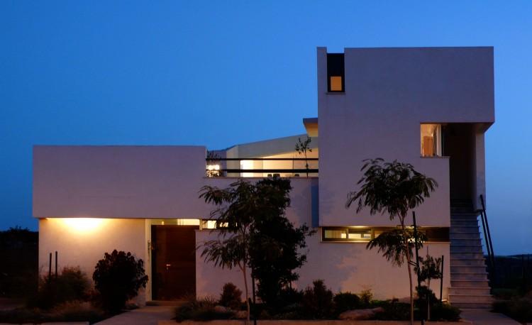 Desert Villa by Uri Cohen Architects (12)