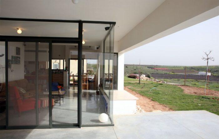 Desert Villa by Uri Cohen Architects (8)