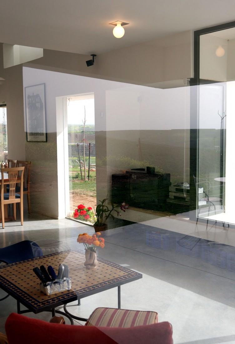 Desert Villa by Uri Cohen Architects (4)