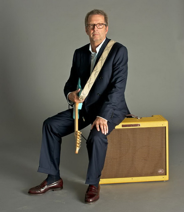 Fender's New Hand Built Amplifiers by Eric Clapton (2)