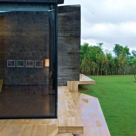 Sophisticated Contemporary Home in India (3)