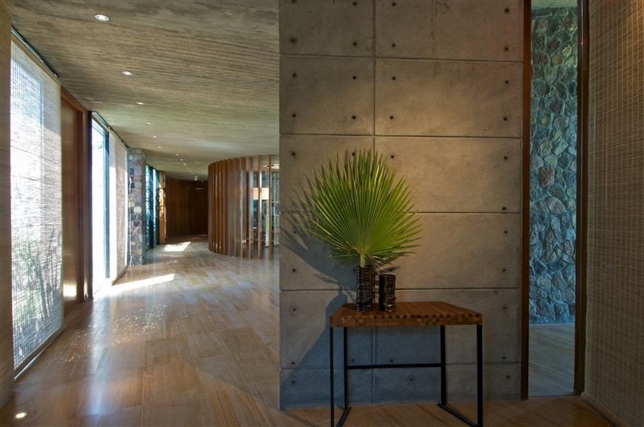 Sophisticated Contemporary Home in India (2)
