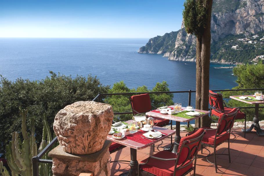 The Luxurious Hotel Punta Tragara Capri Italy (4)