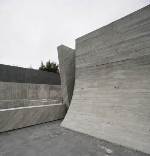 The Spectacular Open Box Residence by A-cero (9)