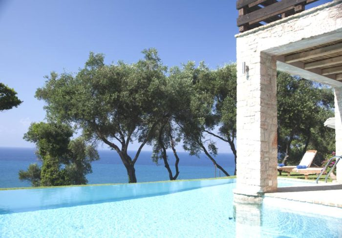 Akrothalassia – A Dreamy Villa in Corfu, Greece (12)