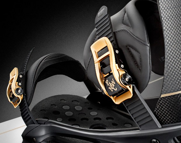 Pirelli Pzero x Burton Limited Edition Snowboard (3)