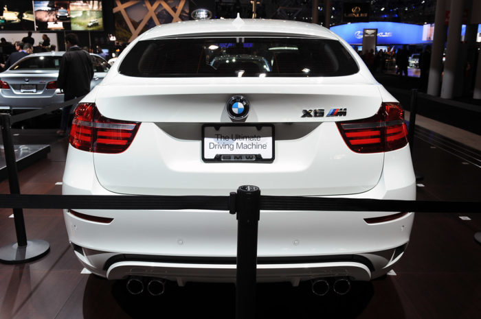 BMW Reveals a Slightly Enhanced 2013 BMW X6 M (5)
