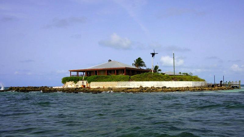 East Sister Rock Island in Florida (14)