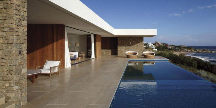 The Contemporary Buenos Mares Villa in Uruguay (12)