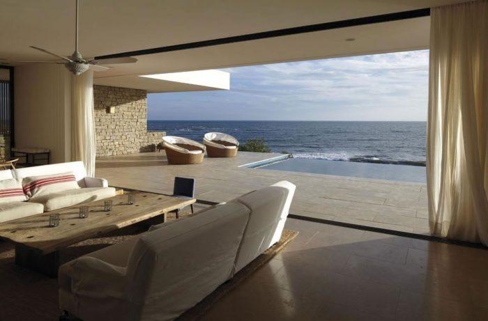 The Contemporary Buenos Mares Villa in Uruguay (22)