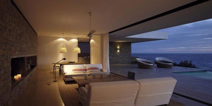 The Contemporary Buenos Mares Villa in Uruguay (23)