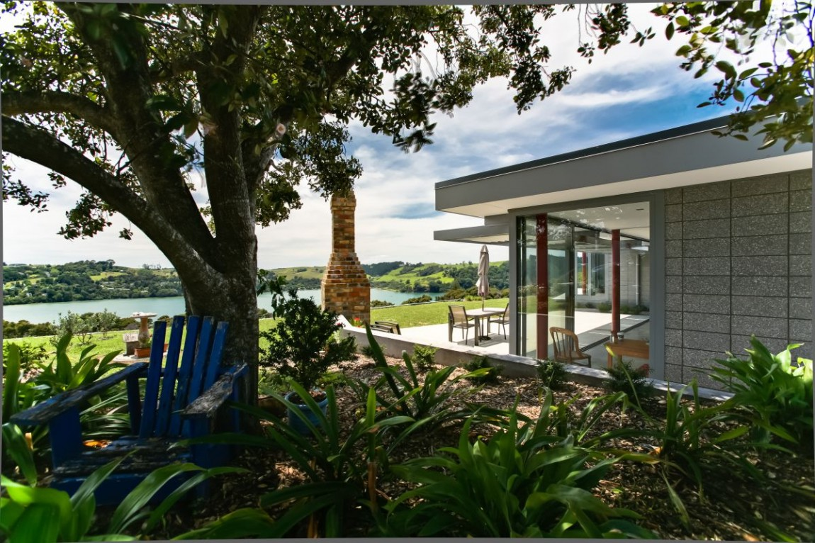 The Irresistible Burke House in New Zealand (15)
