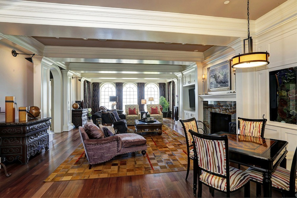 Elegant Gated Manor (13)