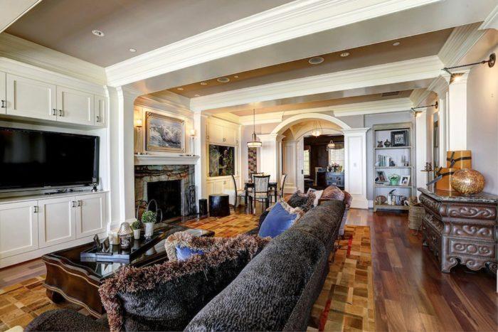 Elegant Gated Manor (12)