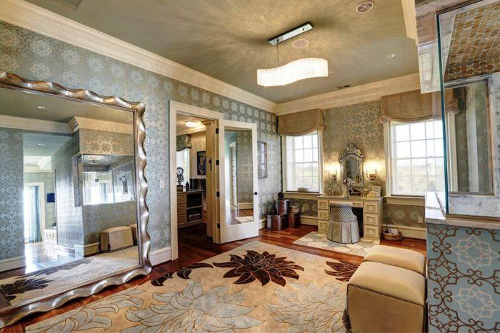 Elegant Gated Manor (8)