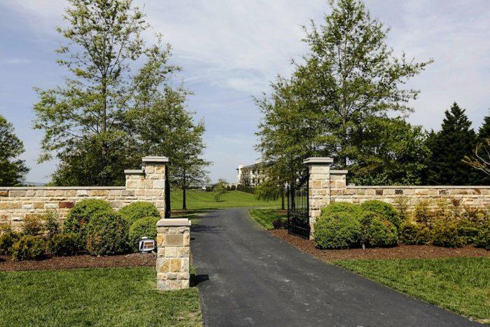 Elegant Gated Manor (19)
