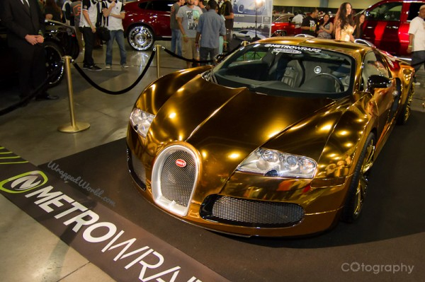 Golden Bugatti Veyron by Metro Wrapz for Flo Rida (10)