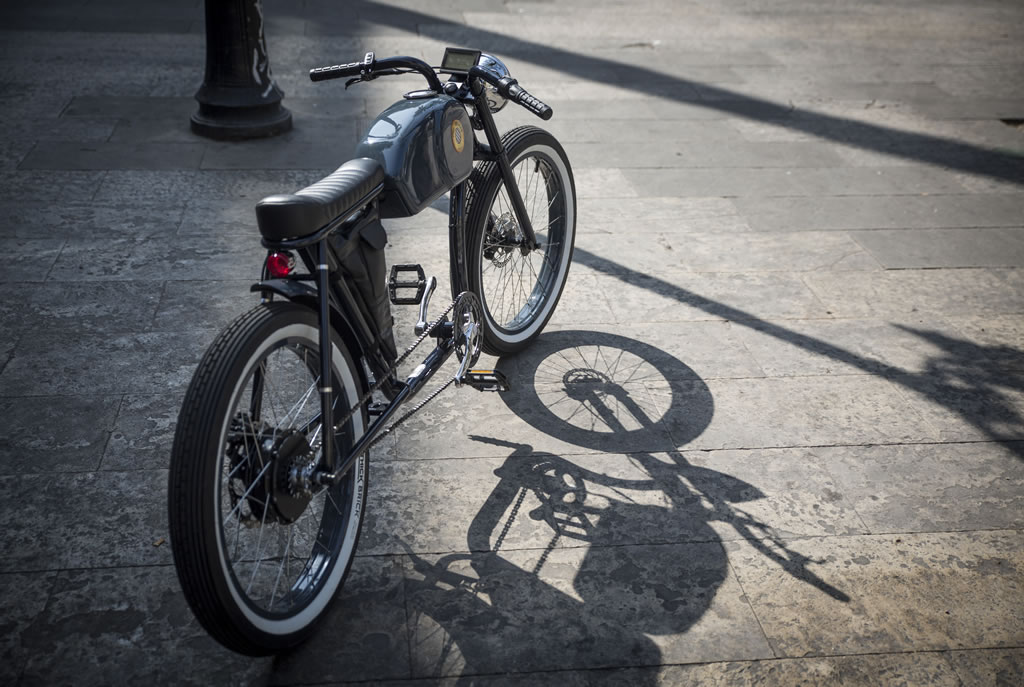 Cafe Racer-Inspired E-Bike By Otocycles (7)