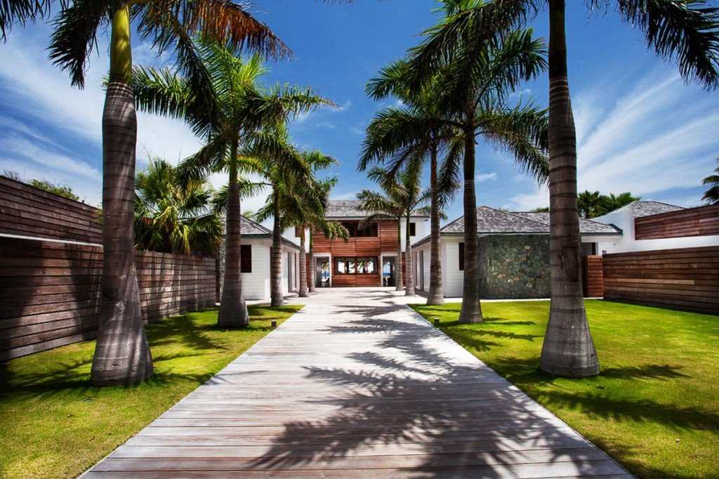 The Sand Club Is A Heavenly Villa In The Caribbean (31)