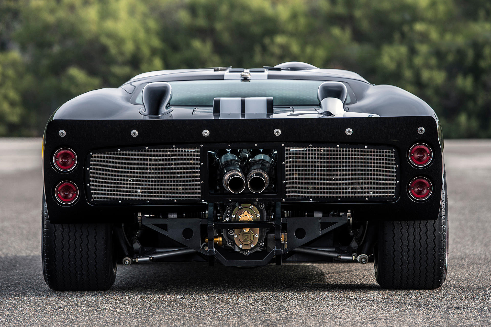 Stunning GT40 MKII By Shelby, Ford (5)