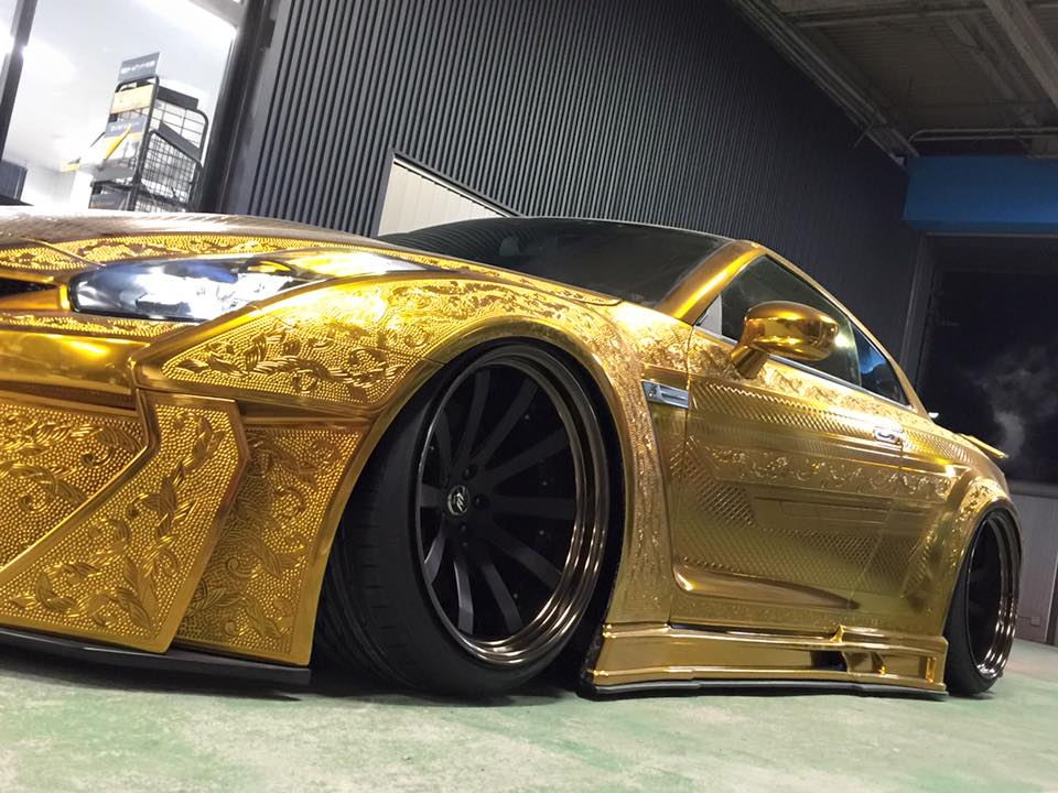 Gold-Plated Nissan R35 GT-R Is Worth $1 Million 3