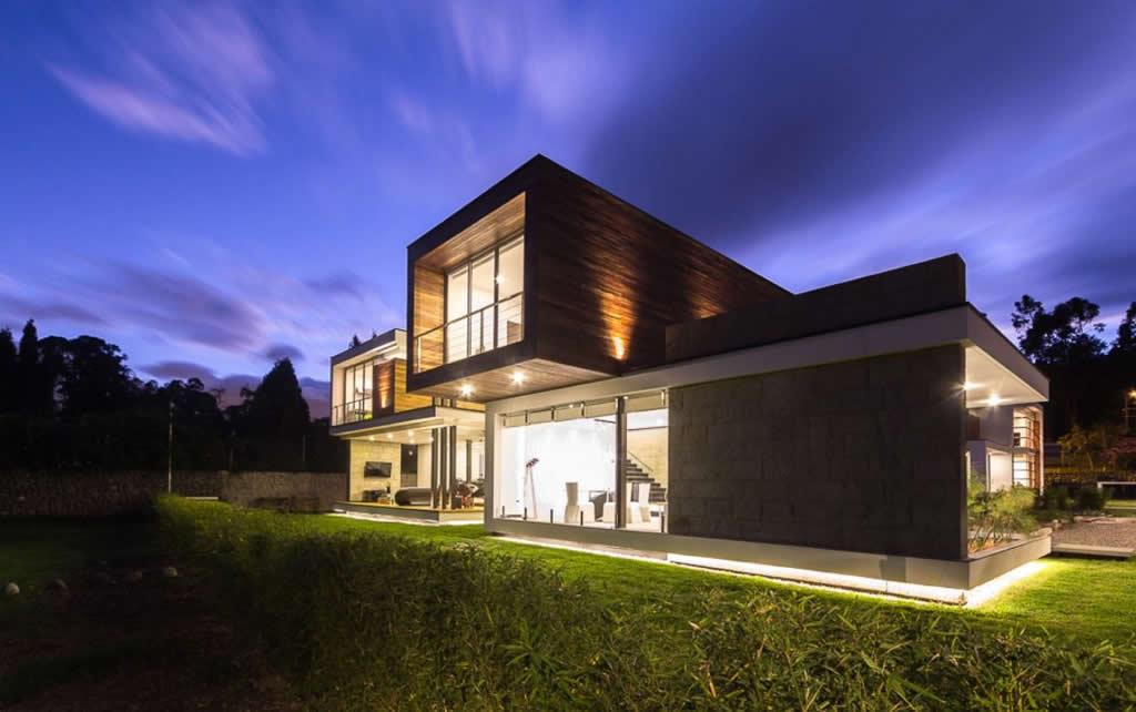 Magnificent Home In Cuenca, Ecuador By ModulARQ Arquitectura (1)