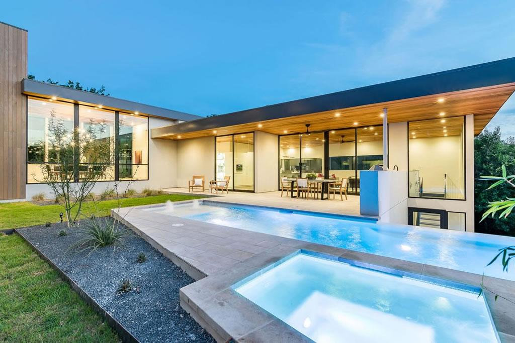 Splendid Home In Austin, Texas By Matt Fajkus Architecture 15