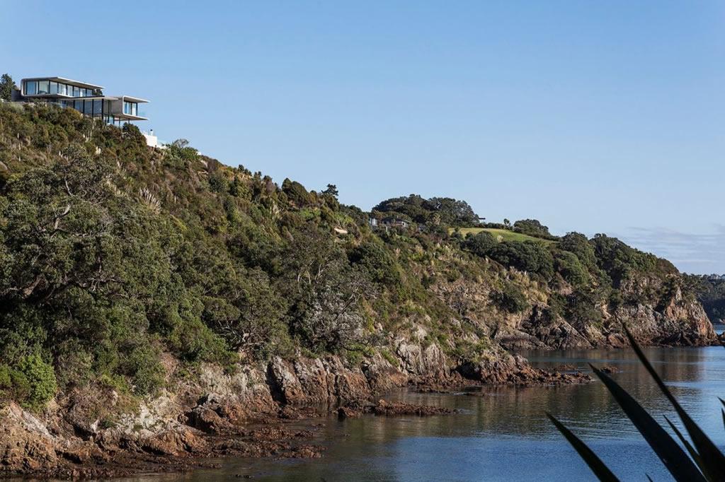 Home In Waiheke Island, New Zealand (9)