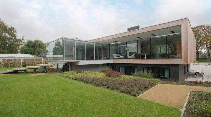 Modern Home In Weert, The Netherlands By Liag Architects 3