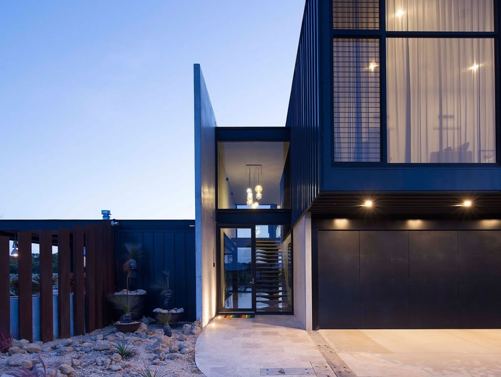 Private Home in Australia By Lachlan Shepherd Architects (1)