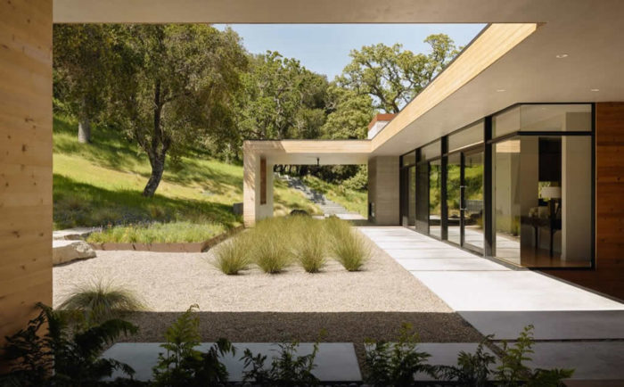 Residence In Carmel Valley By Sagan Piechota Architecture (11)